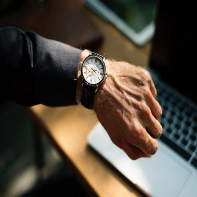 manage-your-time-effectively-featured