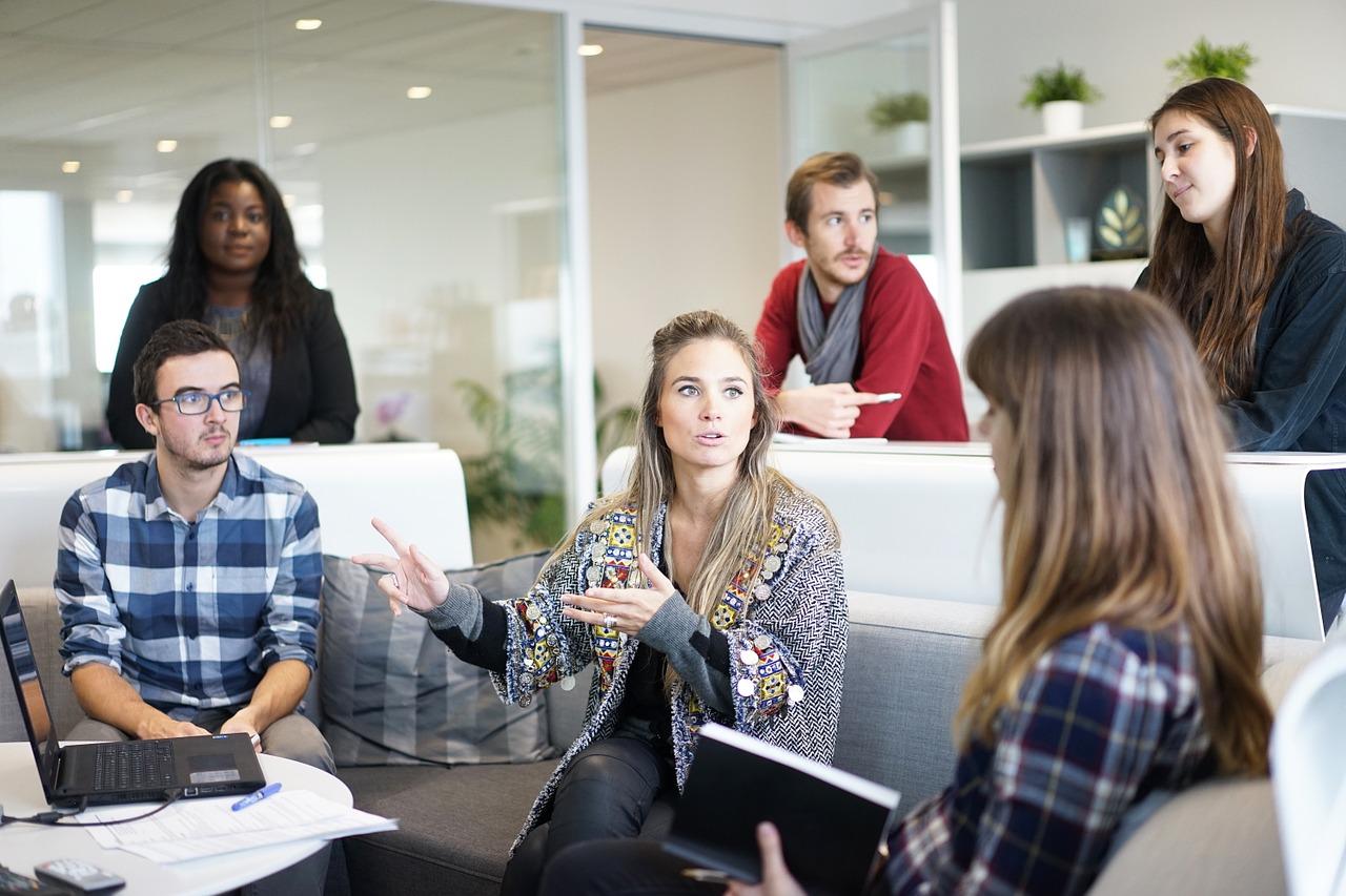 Monitorowanie czasu pracy pracowników – czy firma może to zrobić?